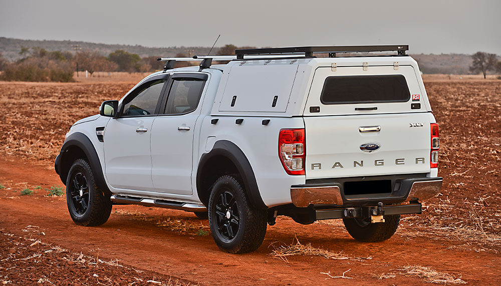 RSI-SMARTCANOPY®-Ford-Ranger-Canopy-DCab-Frozen-White-Dirt-Road
