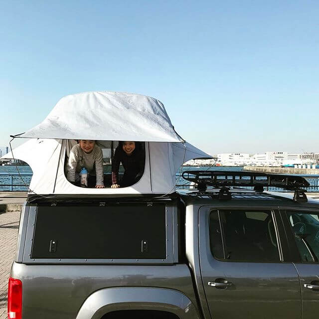RSI SMARTCANOPY® - VW Amarok Canopy - DCab - Natural Grey - Japan-1